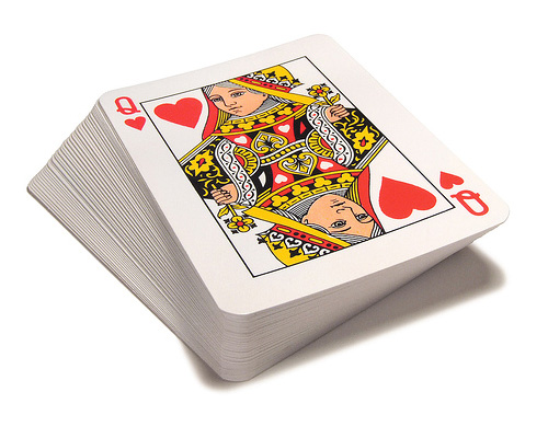 Колода карт по-английски - a pack of cards